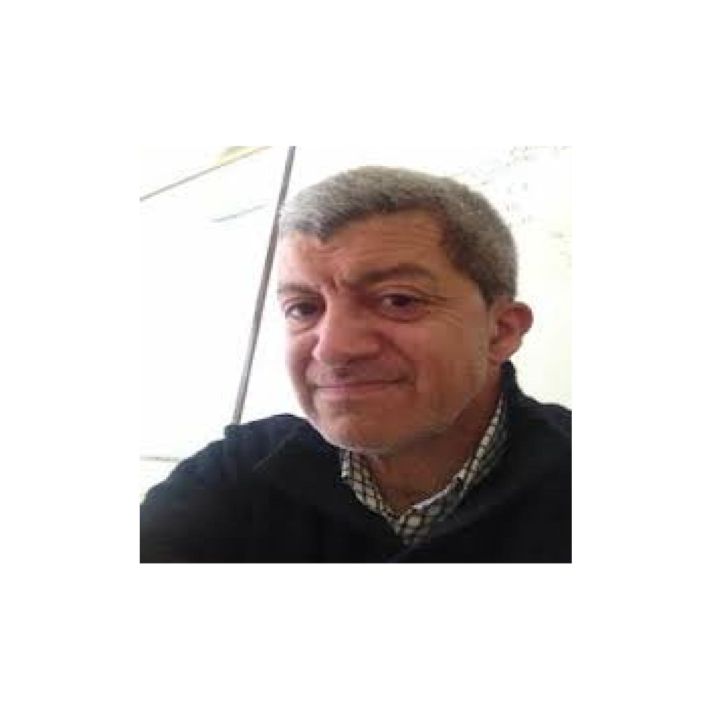 Dr. Rubén Samperi